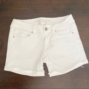 🌿 AMERICAN EAGLE JEAN SHORTS